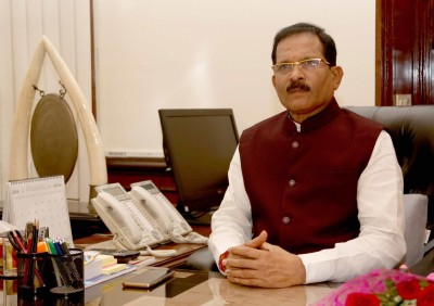 Govt will ensure best of weapons and armour to soldiers: Shripad Naik