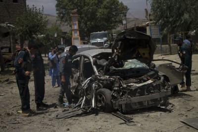 8 Afghan soldiers dead in car bombing