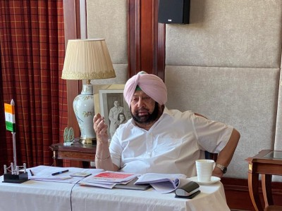 AAP trying to sell lies to Punjab's people, says Amarinder