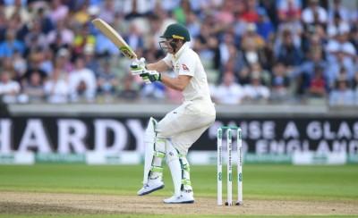 Australia win toss, elect to bat