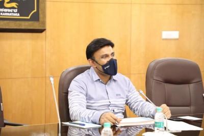 Bird flu alert in 4 Karnataka districts bordering Kerala