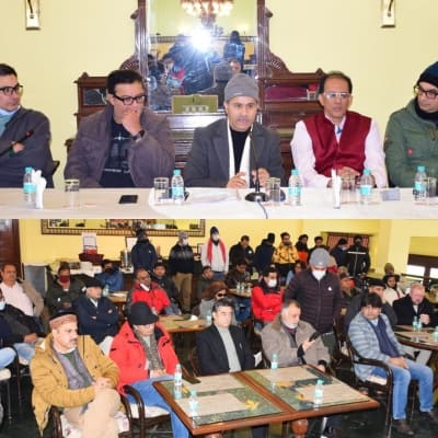 B'wood delegation assures support to local producers, artists in Kashmir