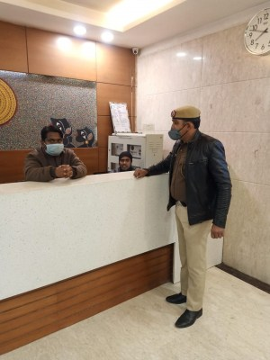 Checking intensified in hotels, malls ahead of R-Day