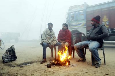 Cold wave hits Bihar, fog reduces visibility