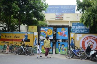 Delhi schools to reopen from Monday, parents still hesitant