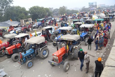 Farmers hold tractor rally, say it's 'rehearsal' for Jan 26 (Roundup)