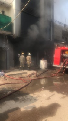 Fire at hardware shop in Delhi, no casualty