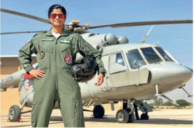 Flt Lt Rathore to be first woman leading R-Day Parade flypast