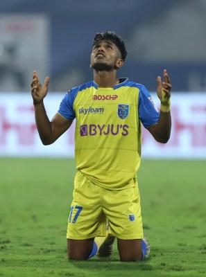 ISL: 10-man FC Goa hold Kerala to 1-1 draw