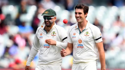 India vs Aus: India move to 180/4 at lunch on third day