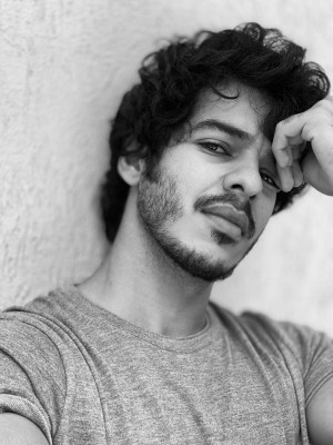 Ishaan Khatter calls Ananya Panday his 'muse', sends Insta fans in frenzy