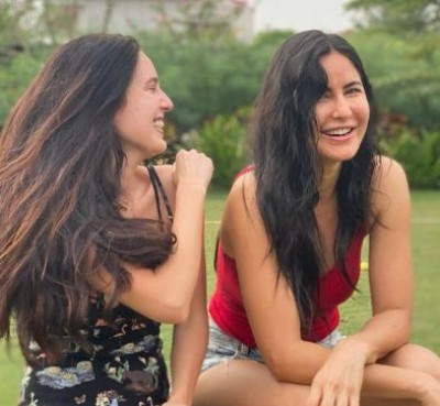 Katrina Kaif wishes '365 days of happiness to everyone'