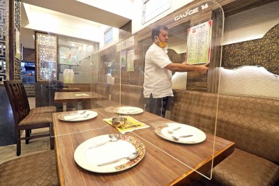 K'taka shops, restaurants with more than 10 staff can operate 24/7