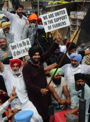 Laws framed by legislators, not courts: Sidhu on farmers' stir