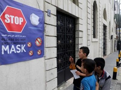 Lebanon imposes total lockdown for 25 days