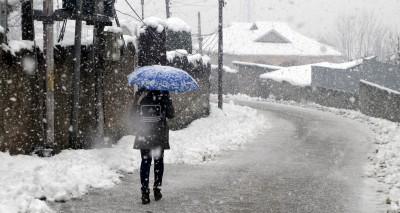 Light to heavy snowfall forecast in J&K over next 3 days