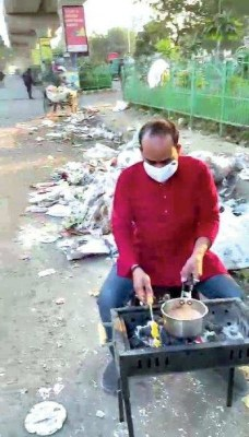 Lucknow man's barbeque protest to grill LMC over garbage pile