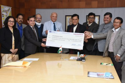 NRL pays first interim dividend of Rs 122 cr to Assam govt