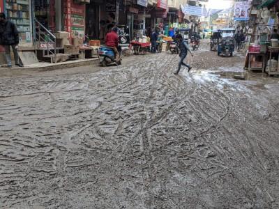 Okhla Vihar turns swamp after rains, residents stuck