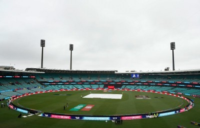 Pitch at SCG will be lively, will get full Test despite clouds: Curator