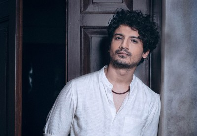 Priyanshu Painyuli's Army background helped him gear up for 'Pippa' role