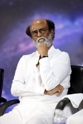 Rajini fans hold demonstration seeking his political entry