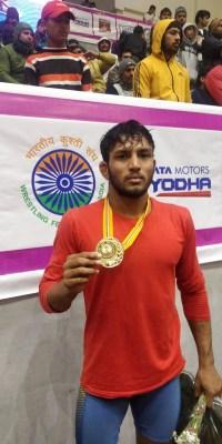 Rohit wins 65kg title at wrestling nationals