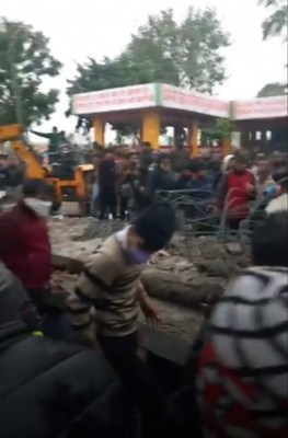Roof of cemetery collapses in Ghaziabad, 19 dead, 20 injured