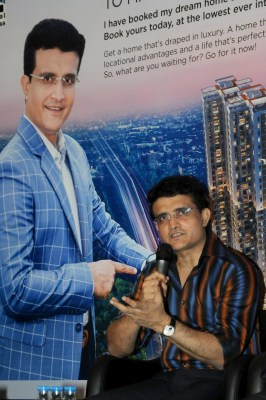Sourav Ganguly undergoes coronary angiography, stenting