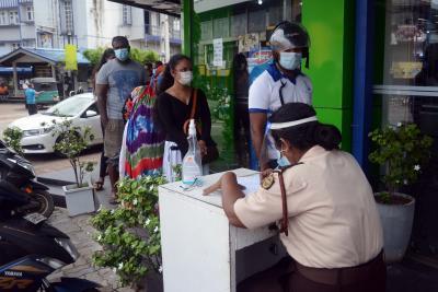 Sri Lankan Health Minister tests coronavirus positive