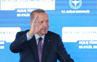 Turkish president reports no side effects after Covid-19 vaccine