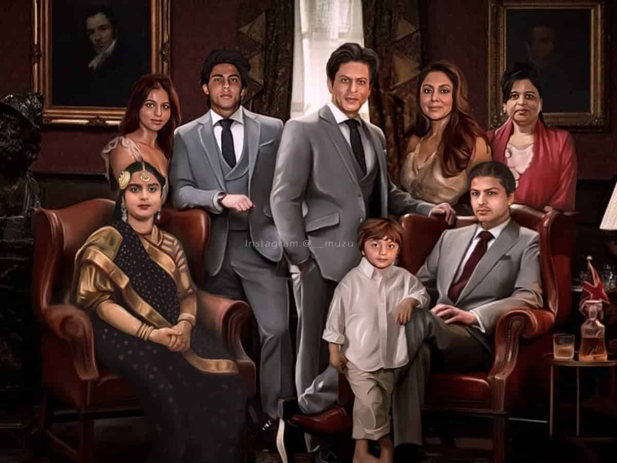 Fanmade royal potrait of SRK and his complete family is unmissable!