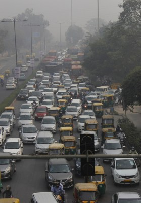 About 60,000 vehicles passed through Delhi before farm stir, traffic now halved