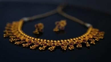An agreement to boost online jewelery retail