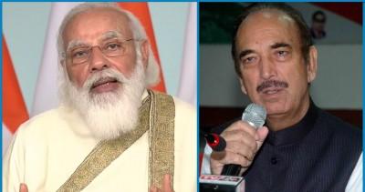 Ghulam Nabi Azad lavishes praise on PM Modi