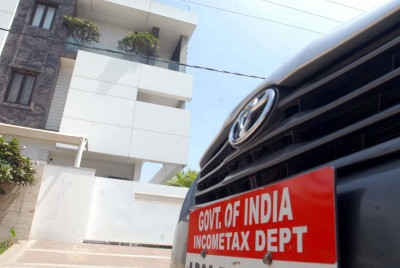 I-T Dept conducts raids on Pune-based group