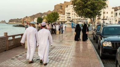 Oman announces new COVID-19 restrictions; closes borders