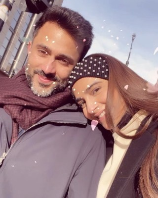 Sonam shares loved-up post for 'amazing husband' Anand