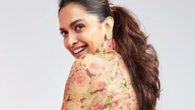 Deepika Padukone is bitten by the 'pawri' bug, here's a proof