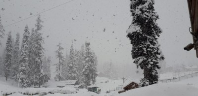 Fresh snow in higher reaches of J&K
