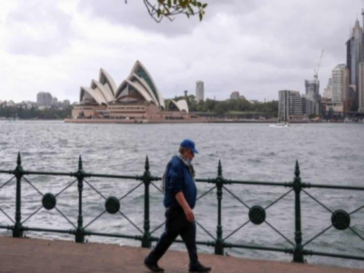 Australian govt expects widespread job losses