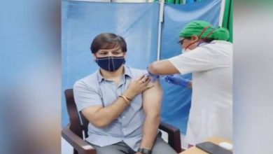 Vivek Oberoi receives first COVID-19 vaccine jab in Mumbai