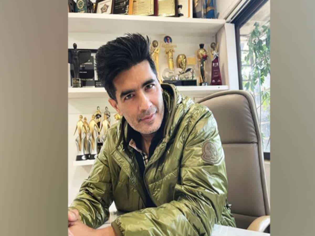 Manish Malhotra tests positive for COVID-19
