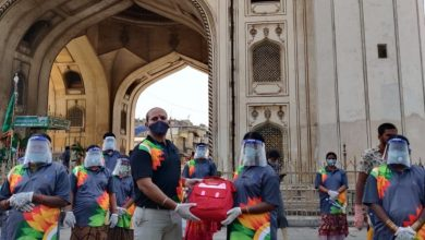 Over 400 sanitation workers get masks, PPE kits in Charminar
