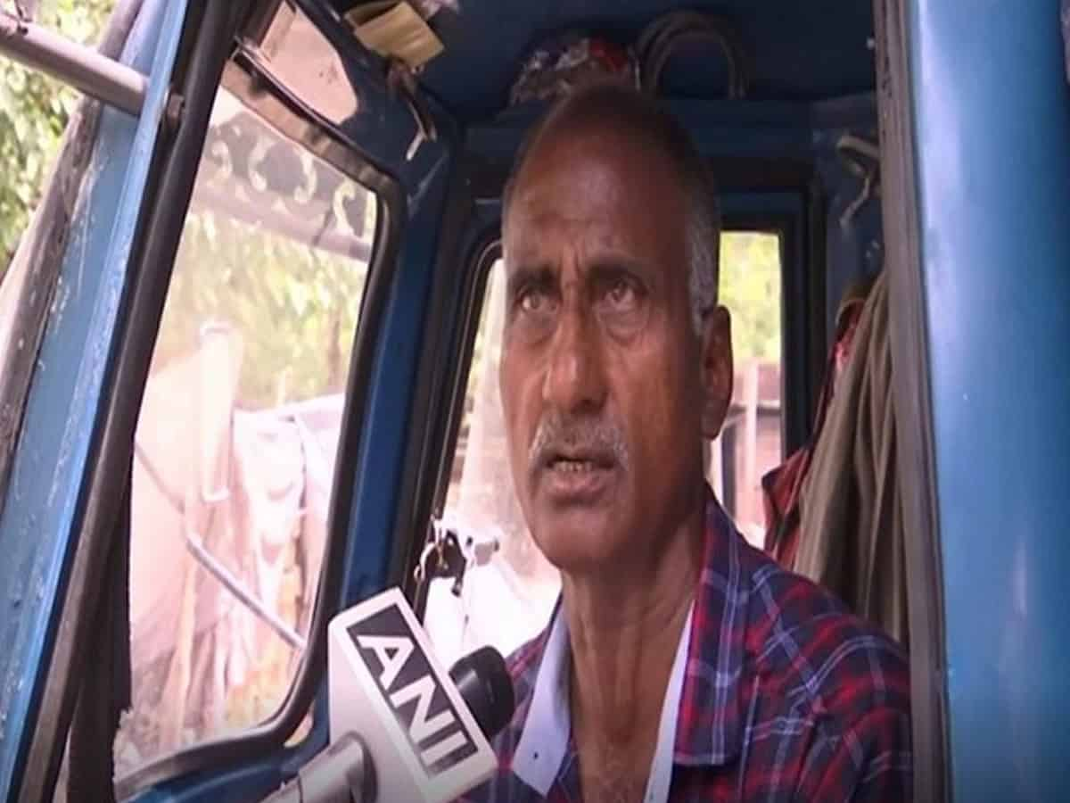 National-level boxer turned auto driver trains underprivileged children for free of cost