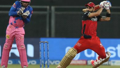 Virat Kohli becomes first batsman to complete 6,000 runs in IPL