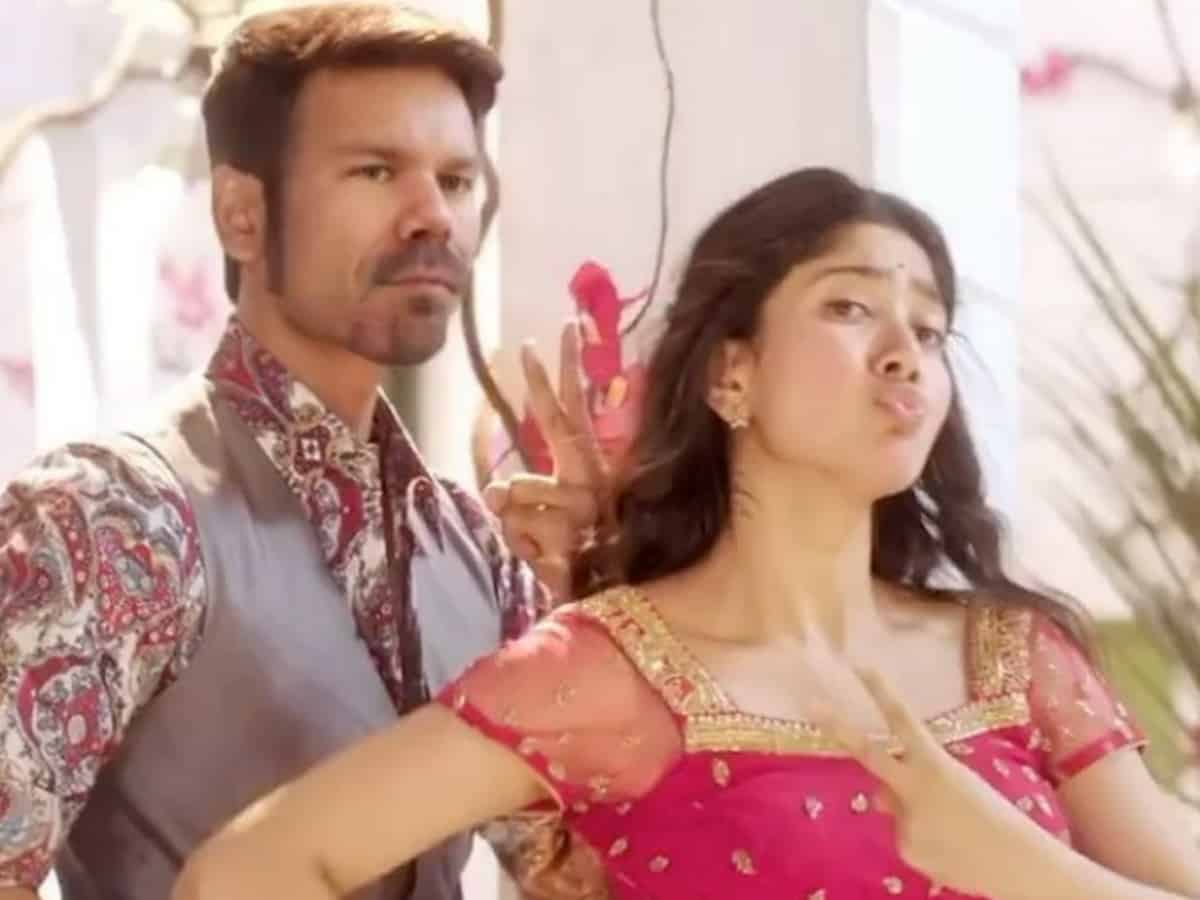 David Warner features in Dhanush's Rowdy Baby song [Video]