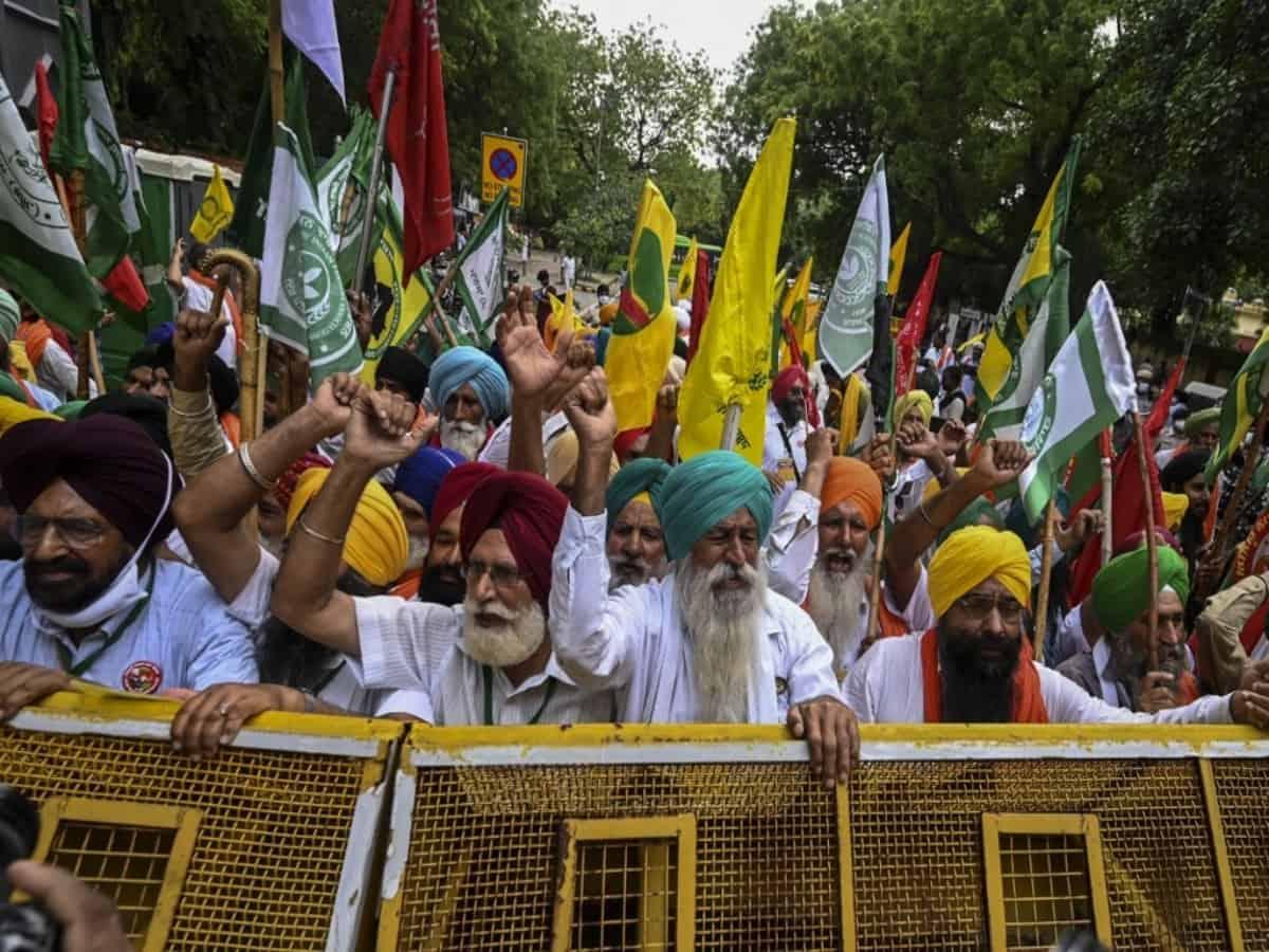 Farmers reach Jantar Mantar to protest against farm laws
