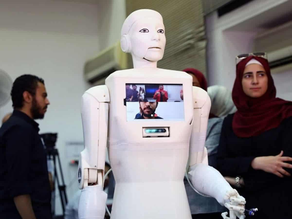Egypt launches 'Shams'—first Arabic robotic nurse